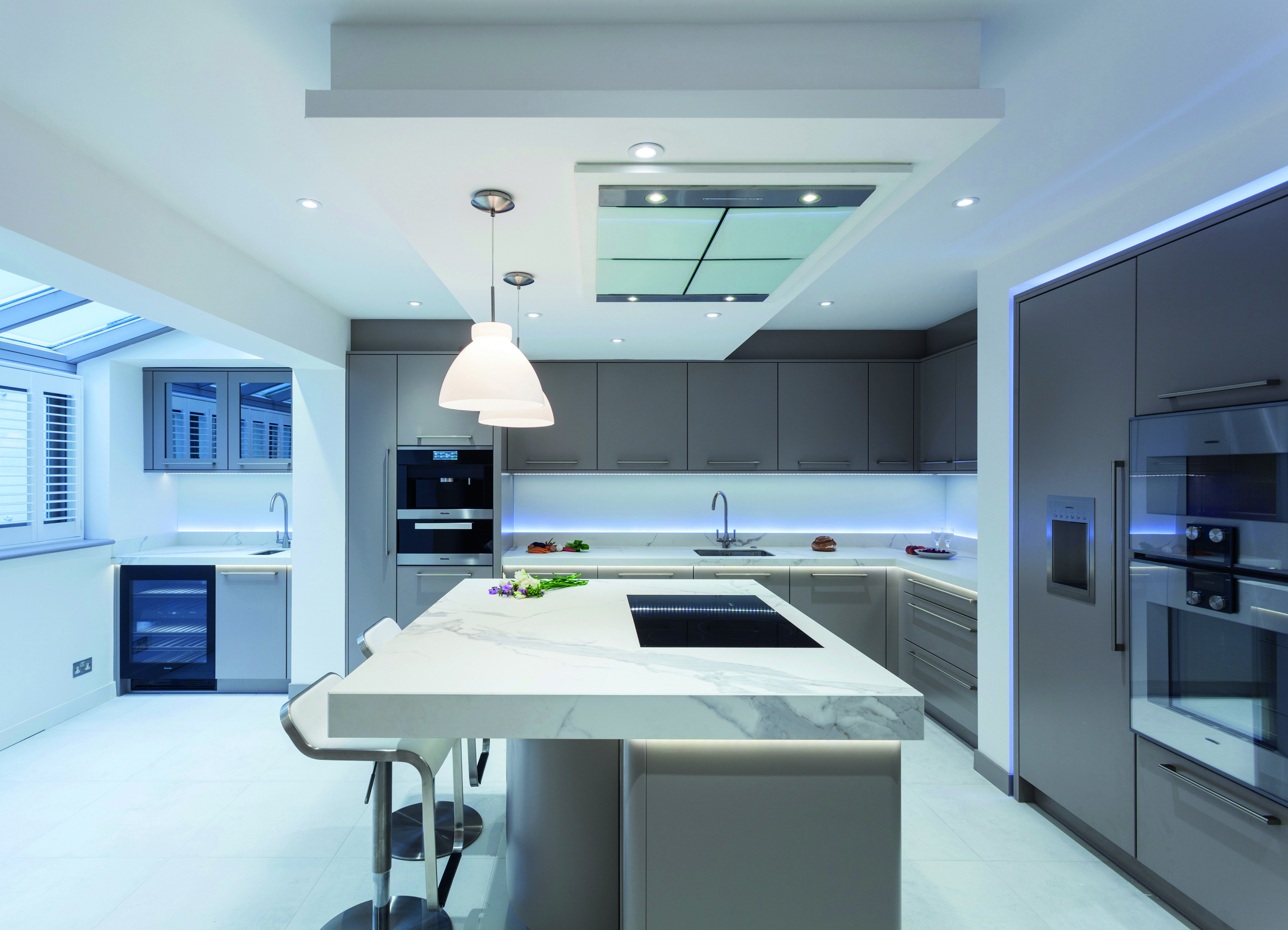 Stoneham Kitchens stoneham plc royal warrant holders association